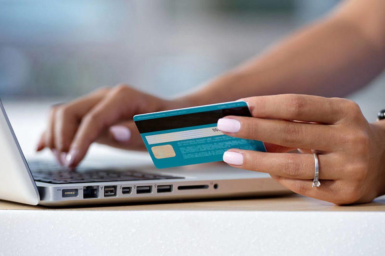 Hacienda permitirá pagar multas con tarjeta de crédito