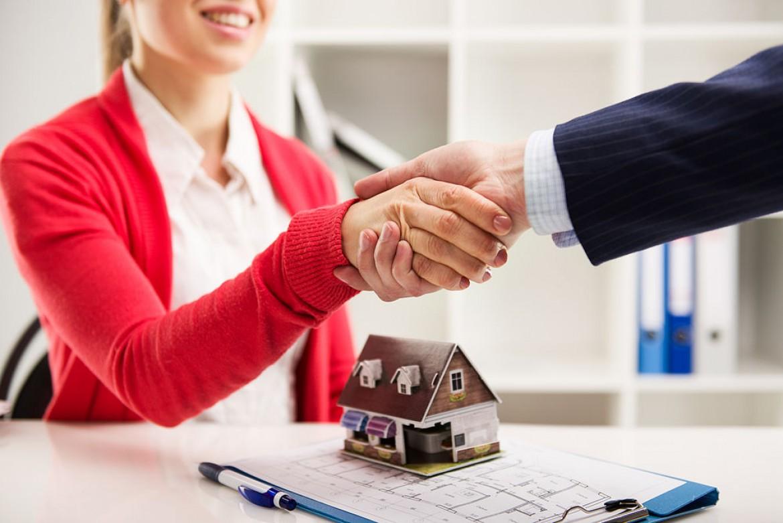 Las inmobiliarias podrán entregar hipotecas para comprar una vivienda