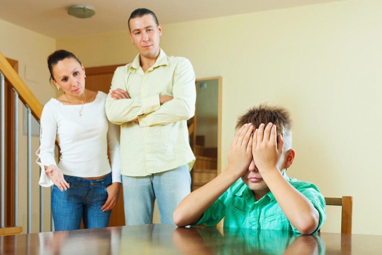 ¿Pueden condenar a los padres a pagar una indemnización por la pelea de su hijo?